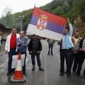 Serbes à la frontière du Kosovo