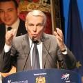 Ayrault au Maroc pour favoriser les délocalisations
