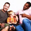 l'adoption gay, le droit à l'enfant contre le droit de l'enfant