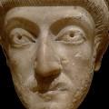 Théodose II, nouveau mentor de Flambi 1er