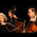 Marta Argerich, Evgeny Kissin, James Levine et Mikhail Pletnev – Concerto pour 4 pianos et cordes en la mineur BWV 1065 de Bach