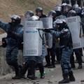 Les Berkuts ukrainiens à l'oeuvre...