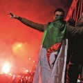 Une fois de plus, les supporters algériens à papiers français ont fait parler d'eux dans les rues de France.