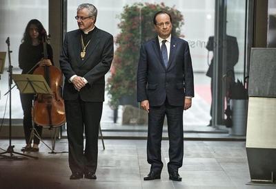 Notre président Zébulon et son futal en accordéon...