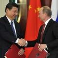 Xi jinping et Vladimir Poutine... lassé de notre russophobie hystérique, l'ours soviétique semble décidé à se trourner définitivement vers l'Asie et les BRICS... et cela va coûter très cher à l'Europe !