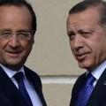 François Hollande et Erdogan, islamiste revendiqué, grand soutien du terrorisme islamique en Syrie...