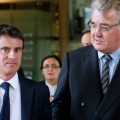 Manuel Valls et Jean-Paul Delevoye, président du CESE et caniche du pouvoir en place