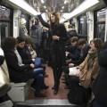 des femmes harcellées dans le métro...