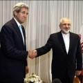 Les ministres des affaires etrangères des USA et de l'Iran, John Kerry et Mohammad Javad Zarif