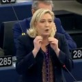 Attentats de Paris : Marine Le Pen met l'Union européenne face à ses responsabilités (25 novembre 2015)
