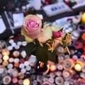 On n'arrêtera pas l'islamisme avec des fleurs et des bougies..