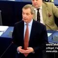 Nigel Farage : «ne pas contrôler nos frontières est une invitation au terrorisme» (17 décembre 2015)
