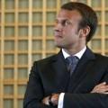 Macron, comme la lune..